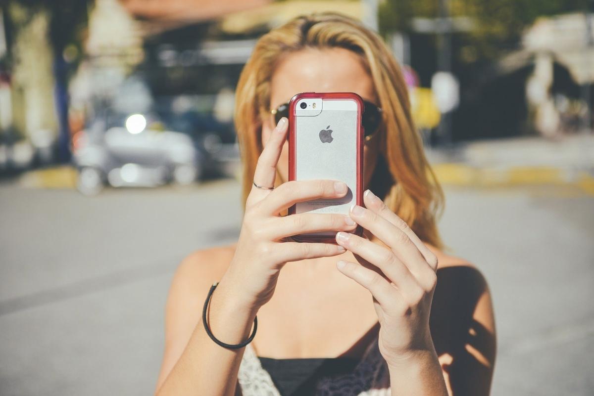 Espiar movil iphone